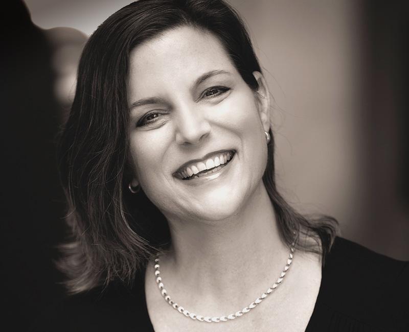 Portraitbild Janine Hug